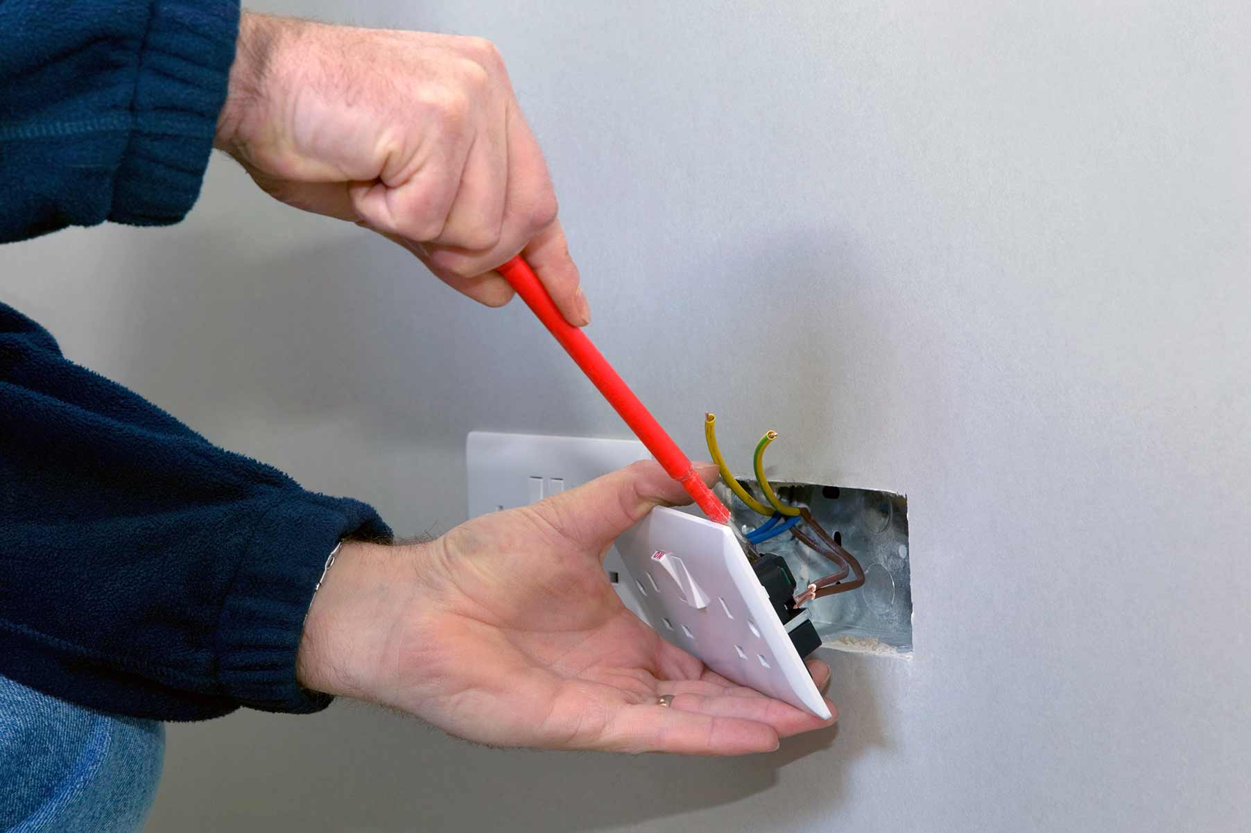 Our electricians can install plug sockets for domestic and commercial proeprties in Havering and the local area.